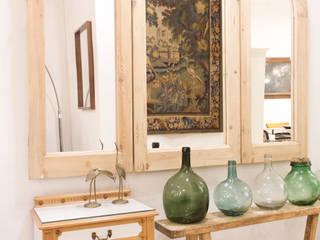 Showroom Pasillos, vestíbulos y escaleras de estilo ecléctico de Studio Alis Ecléctico