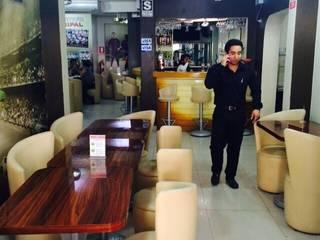 Bares y Restaurantes: Bares y Clubs de estilo  por Diseño & Estilo
