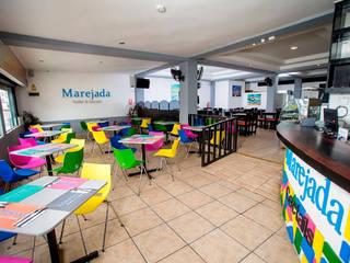 Bares y Restaurantes: Restaurantes de estilo  por Diseño & Estilo