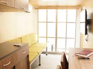 Oficina Móvil Estudios y despachos modernos de Escaleno Taller de Diseño Moderno