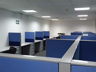 RW arquitectos SAC ห้องทำงาน/อ่านหนังสือ เหล็ก Blue