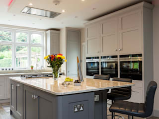 John Ladbury kitchen in Hertfordshire:   by John Ladbury and Company