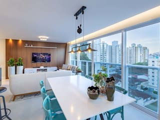 Living room by PANORAMA Arquitetura & Interiores, Eclectic