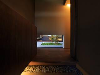 川添純一郎建築設計事務所 Ingresso, Corridoio & Scale in stile moderno
