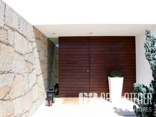 Casa da Oliveira | Arquitetura Moderna: Moradias  por OBRA ATELIER - Arquitetura & Interiores