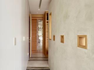 Grayscale:  走廊 & 玄關 by 形構設計 Morpho-Design