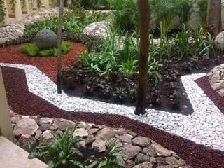 aristas boleadas: Jardines de piedra de estilo  por David Araiza Pérez DAP Diseño,  Arquitectura  y Paisaje