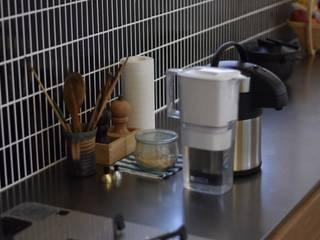 タイル: 注文家具屋 フリーハンドイマイが手掛けたキッチンです。