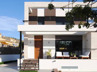 REFORMA INTEGRAL VIVIENDA TURMALINA: Casas de estilo  de Loft 26