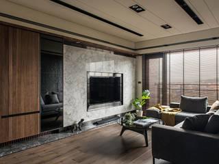 竹北-耶林MIDO 现代客厅設計點子、靈感 & 圖片 根據 齊家。空間設計 現代風