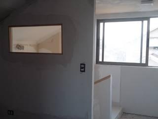 AOG Dormitorios de estilo minimalista Hierro/Acero Blanco
