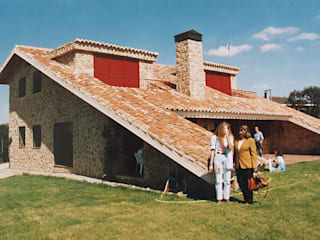 Manuel Monroy Pagnon, arquitecto Country house Stone Beige