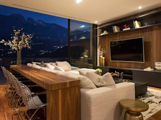 Media room by GLR Arquitectos, Modern Wood Wood effect
