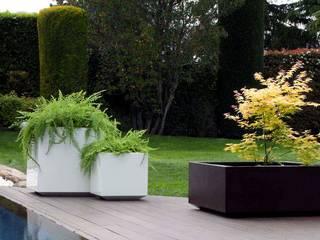 Planters: modern  by Atria Designs Inc.,Modern