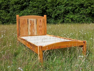 bespoke beds:   by Jim Sharples Furniture