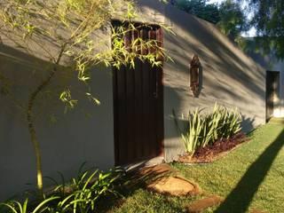 Paisagismo residencial: Jardins de fachadas de casas  por Gabriela Araujo Arquitetura e Paisagismo