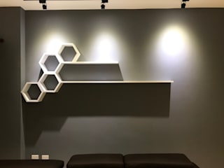 【住家】重點設計強大收納:  客廳 by 圓方空間設計