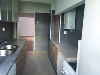 Apartamento T2 Benfica - Lisboa: Cozinhas rústicas por EU LISBOA