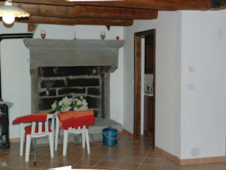 Ristrutturazione antica casa padronale: Cucina attrezzata in stile  di Studio Architetto Alessandro Barciulli, Rustico