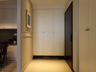 Classic style corridor, hallway and stairs by 果仁室內裝修設計有限公司 Classic