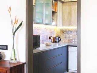 Entry to Kitchen:  Kitchen by Decode Architecture