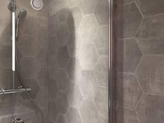 Modern bathroom by Thomas JENNY Modern