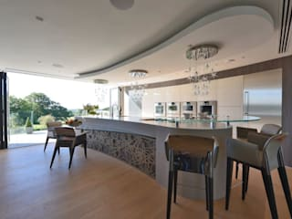 Mr & Mrs Unsworth by Diane Berry Kitchens 모던