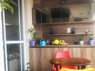 Apartamento You Parada Inglesa II: Terraços  por camila shiraiva . ARQUITETA E URBANISTA,Moderno