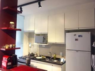 Apartamento Passeio Leopoldina: Cozinhas  por camila shiraiva . ARQUITETA E URBANISTA,Industrial