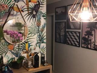 Consultoria de Interiores - Apartamento Mooca: Salas de jantar  por camila shiraiva . ARQUITETA E URBANISTA,Tropical