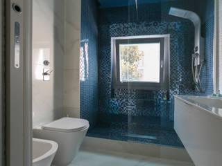 Baños de estilo moderno de Ristrutturazione Case Moderno