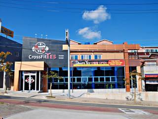 중동 Crossfit YES: 인중헌 건축사 사무소의  상업 공간
