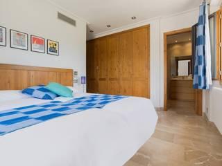 Diego Cuttone, arquitectos en Mallorca Country style bedroom Beige
