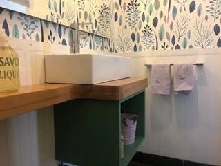 Vista General mueble lavamanos, papel mural Baños modernos de Moon Design Moderno