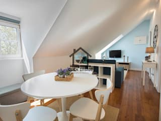 APARTAMENTO EM LISBOA (CASTELO): Salas de estar  por Click Inside - Real Estate Photography