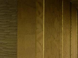 「素材を日本の技で生かす 」 モダンなレストラン の 株式会社KAMITOPEN一級建築士事務所 モダン