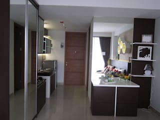 Dago Suite - Apartment Studio:  Koridor dan lorong by POWL Studio