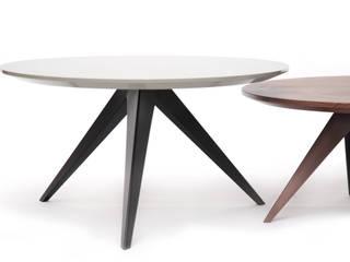 aristo side table:   por HMD Interiors