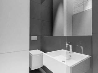 Modern Bathroom by MURO architekci Sp z o.o. Modern