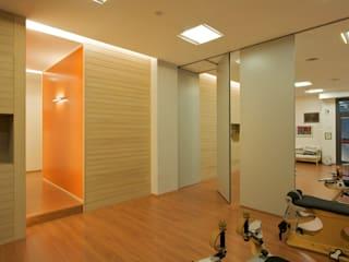 Daniele Arcomano Offices & stores Wood Wood effect