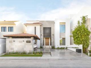 Minimalist house by S2 Arquitectos Minimalist