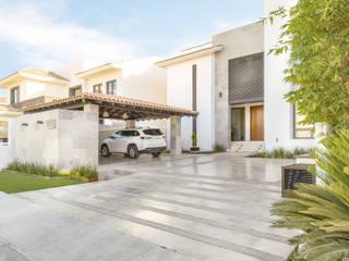 Casa SPL: Casas de estilo  por S2 Arquitectos