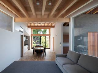 现代客厅設計點子、靈感 & 圖片 根據 井上久実設計室 現代風