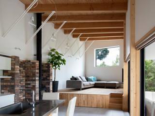 Ruang Keluarga Modern Oleh 井上久実設計室 Modern