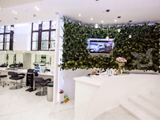 Озеленение салона красоты от EcoWall.pro Минимализм