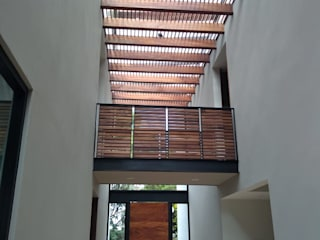 Un techo con mas vista de Maderaje Arquitectónico, S. A. de C.V. Moderno