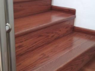 Escaleras de Maderaje Arquitectónico, S. A. de C.V. Moderno