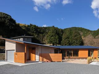 de 建築デザイン工房kocochi空間 Moderno