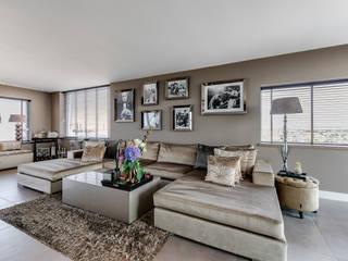 Interieurfotografie penthouse Moderne woonkamers van Esther Scherpenzeel Fotografie Modern
