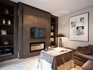 Ruang Keluarga Modern Oleh Idearte Marta Montoya Modern